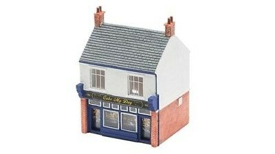 """Hornby R9828 """"The Bakers Shop"""" Craft. Shipping is Free"""