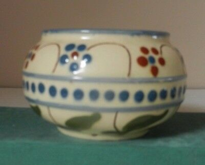 Bowl with flowers (Forget me nots) and motto
