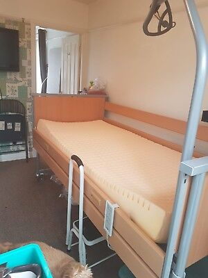 Invacare Medley Ergo Profiling Bed Electric Mattress And Hand Bar