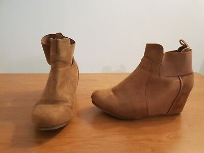 Tan Wedge Boots Size 6