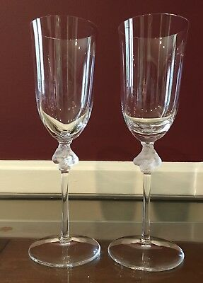 "Pair Of Lalique Roxane 8.75"" Champagne Flutes In Excellent Condition"