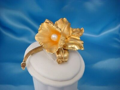 18K Yellow Gold Antique Large Flower Brooch With Pearl 14.5 Grams