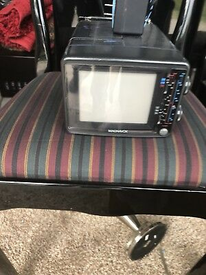 "Vintage 1990 MAGNAVOX 5"" Color TV Model CK3923, NIB"