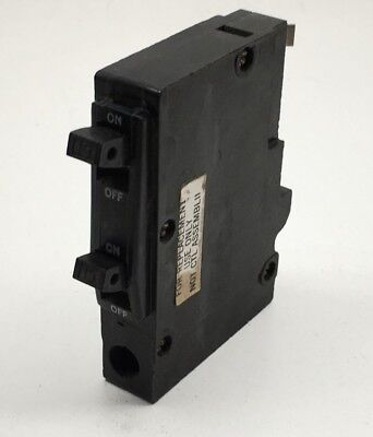 Square D QOT1515 15-Amp Single-Pole Tandem Circuit Breaker 15A Stacked Style