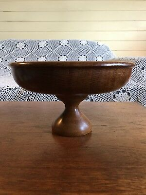 Vintage Beautiful Hand Turned Wooden Fruit Bowl/Stand