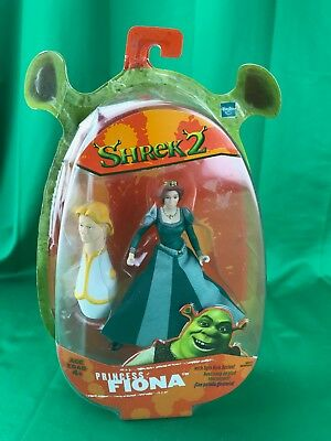 2004 Hasbro Shrek 2 Action Figure Princess Fiona NEW on Card (PACKAGE HAS WEAR)