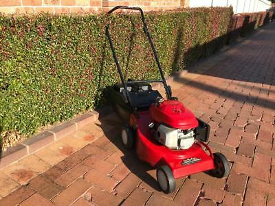 4 Stroke Rover/Honda Push Lawn Mower With Catcher