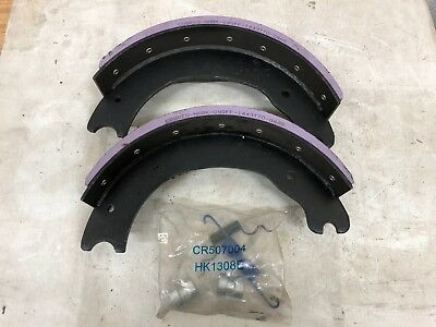 """Spicer Brake Shoes 1443 15"""" x 4"""" with Hardware"""