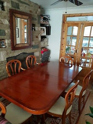 ItalianMahogany Dining Table And 6 chairs