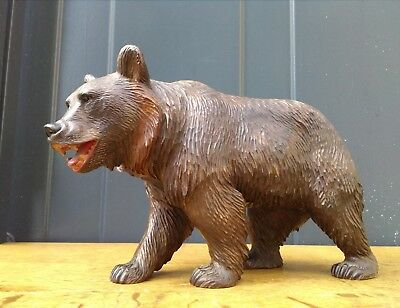 Black Forest / Swiss Brienz antique hand carved wooden bear