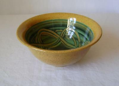 Holkham Studio Pottery Bowl: Early 1950s Sgraffito Mark. Made by Cyril Ruffles