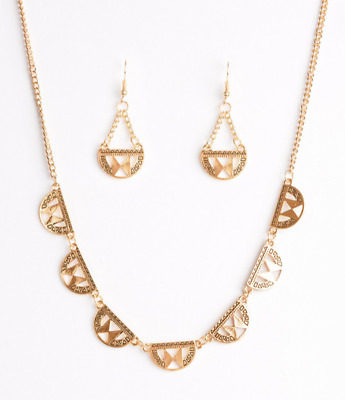 Paparazzi Necklace - Egyptian Empire - Gold