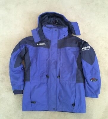 Columbia Titanium Omni Tech Waterproof Medium Jacket And Fleece