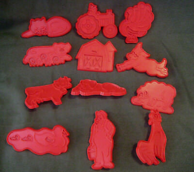 CHILTON vtg 70s COOKIE CUTTER LOT Old MacDonald's MacDonald 12 red Farm animals