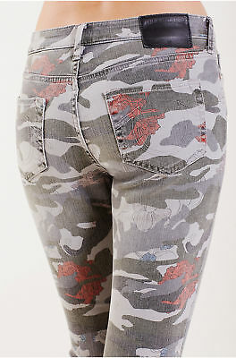 True Religion Women' Halle Super Skinny Jeans in Camo Floral (Size 23, 24, 25)
