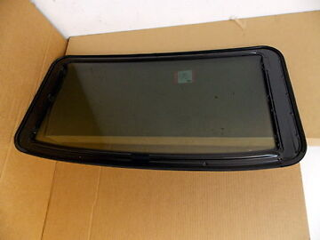 NEW Genuine Land Rover Freelander 1 Brand New Sunroof Glass - EFT500070