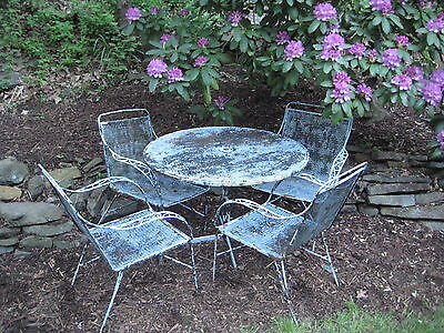 Midcentury Early 1960S Salterini Patio Table And Four Chairs