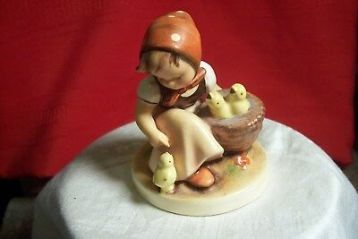 "M.j.hummel ""chick Girl"" Figurine # 57, Full Bee, L-B952"