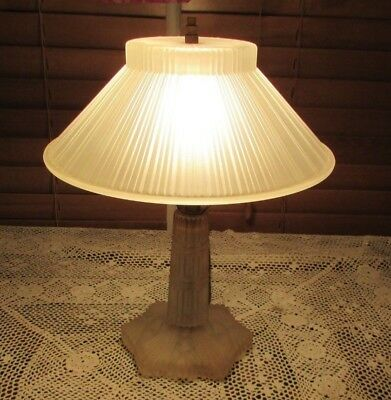 Vintage 1930's Art Deco Antique Frosted Ribbed Cut Glass Table Boudoir Lamp
