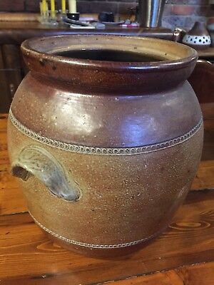 Large iconic vintage Bendigo Pottery Bread Bin