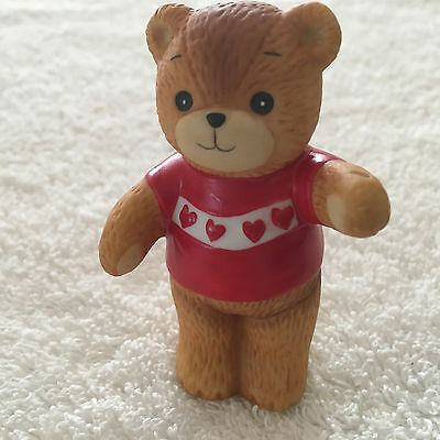 Lucy & Me Bear Red Shirt w/ Hearts Figurine Lucy Rigg 1980 - Missing Part