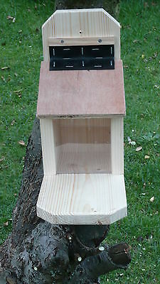 Quality Handmade Wooden Squirrel Feeder + Small Starter Bag of Squirrel Food