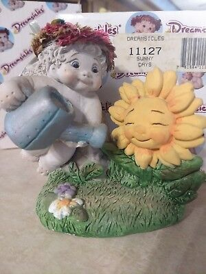 """DREAMSICLES Figurine """"SUNNY DAYS"""" DC 11127 - Angel w/ watering can and sunflower"""