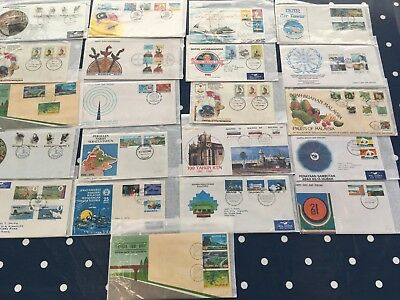 Malaysia lovely lot of 21 FDC covers very tidy