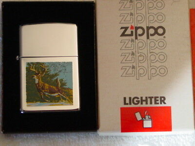 Town & Country - DEER Running in Woods - Great Color Graphics -  Zippo 1980 MIB