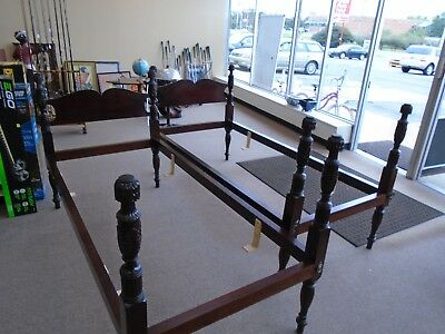 PAIR OF WALLACE NUTTING 4 POSTER BEDS,CARVED POSTS, BLOCK BRAND,826b