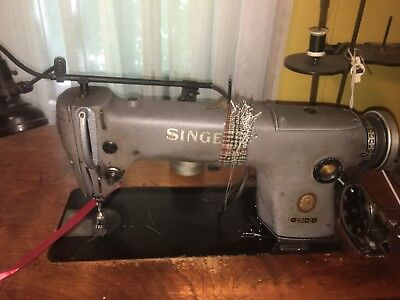 Industrial SINGER Sewing Machine 251-2 single? needle W/ wooden table