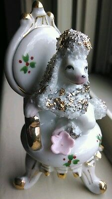 POODLE ON CHAIR *** VINTAGE FIGURINE white poodle dog with GOLD trim - Japan