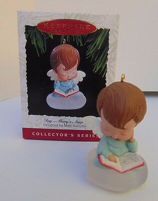 1993 Hallmark Mary's Angels Joy 6th In Series Christmas Ornament With Box