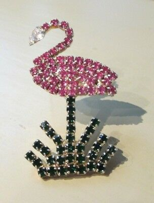 Pink Flamingo  rhinestone women's brooch, pin -- vintage -- great condition