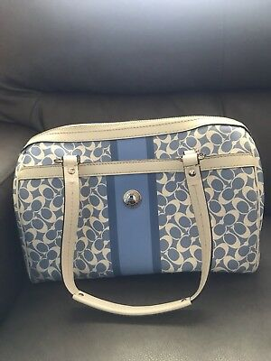4eb068f67f70 COACH PURSE AND wallet set -  55.00