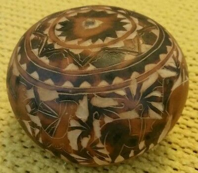 Vintage Peruvians & Lamas Carved Gourd Bowl/box Folk Art With Hidden Lid