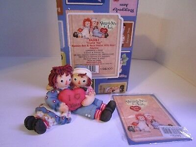 "Raggedy Ann & Andy ""I Love You"" Seated with Heart Figurine ~ #642061 Enesco NEW"