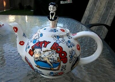 Betty Boop ' The Many Faces Of Betty Boop ' Teapot Cardew Design 2003