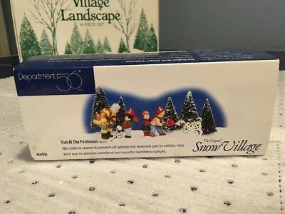 Snow Village FUN AT THE FIREHOUSE Dept Department 56 Accessory Set of 2 MINT