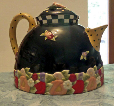 "Mary Engelbreit Teapot: Black, Flowers, Dots, Checks--""me Ink"", Charpente"