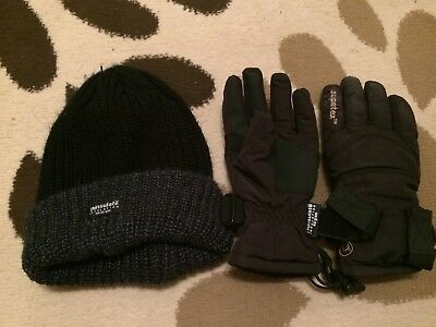 Boys Thinsulate Hat And Gloves 7-8 Years