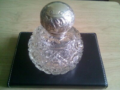 Antique Silver Top Large Cut Glass Scent Bottle (1904 by J.H.)
