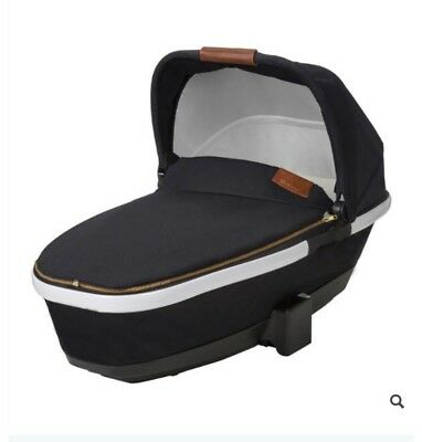 Quinny Moodd Rachel Zoe Carrycot Limited Edition 2017 Ex Display Leather Handle