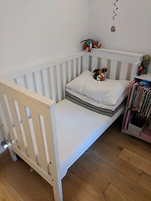 Boori King Parrot cot bed 140X70 white