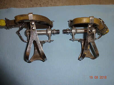 Campagnolo nuovo / super record pedals with cages and straps
