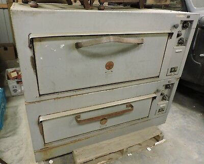 2 Commercial Griswold Pizza/Bakery Ovens, 3 Phase Electric, Model #H541R, USED