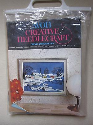 Avon Crewel Creative Needlecraft Embroidery Kit Country Snowscape Needlepoint
