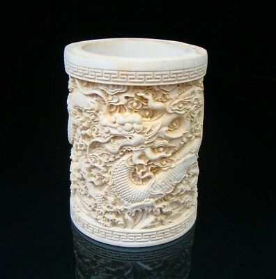 Collectible Handmade Carving Statue wood Boxwood Brush Pot Dragon