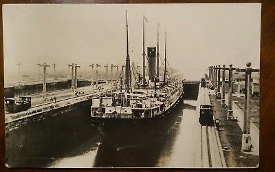 White Star Line Corinthic in the Panama Canal paquebot 1926 original postcard