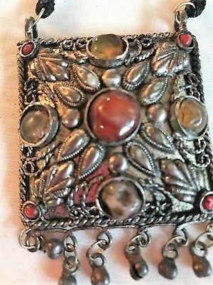 Berber Pendant in silver and Amber stone North Africa